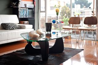 Noguchi Coffee Table in Open Living Room